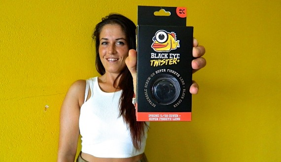 Black Eye - Twister Fisheye for iPhone 5/5s by B-Factory