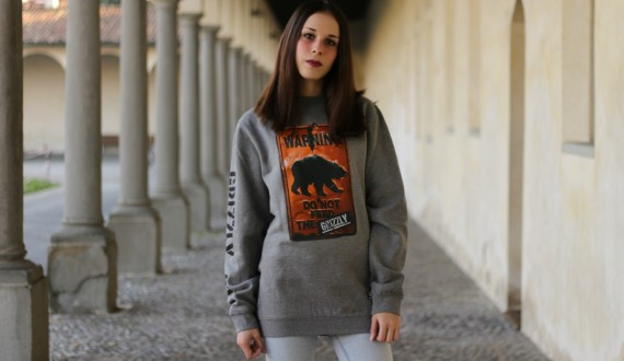 Grizzly - Do Not Feed The Bears crewneck by Fresco Distribution