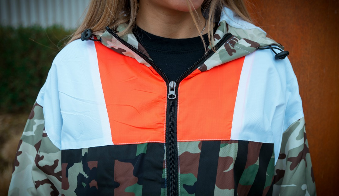 16eecad6fee34 Well, not all of them make you feel sharp like this Game Assassins jacket  does. Sure thing: the choice of colors is crucial and this is what it makes  this ...
