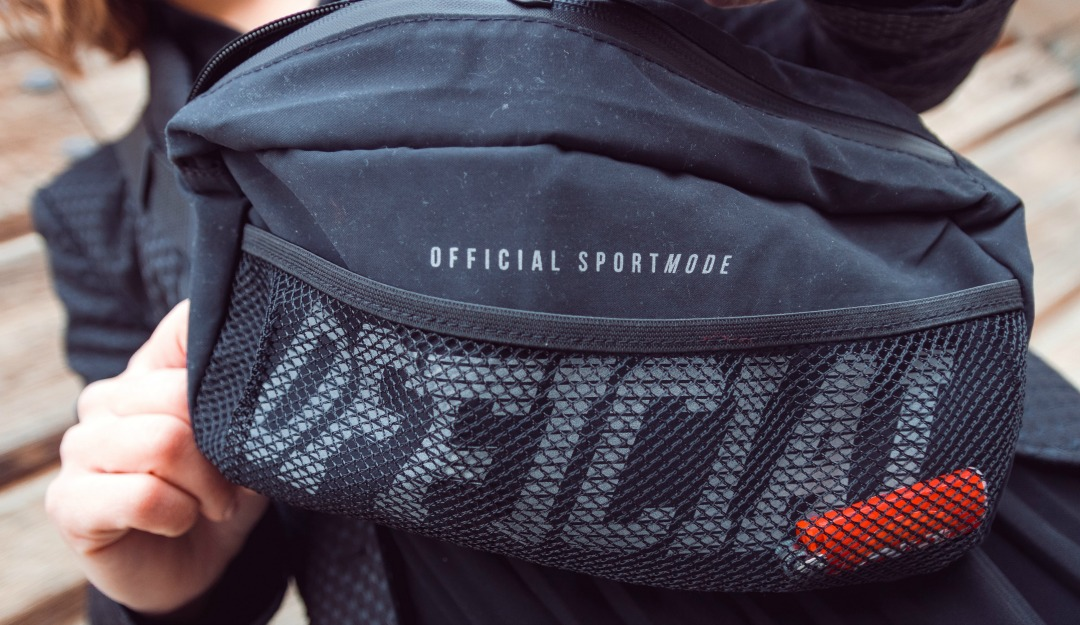 official-shoulder-bag-05.jpg