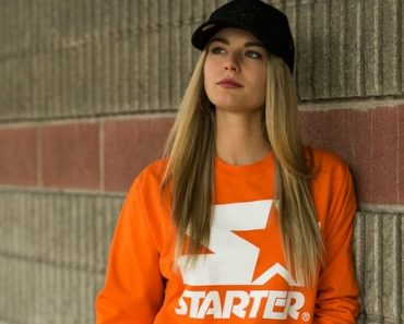 starter-black-label-logo-orange-crewneck-tornado-trucker-07.jpg