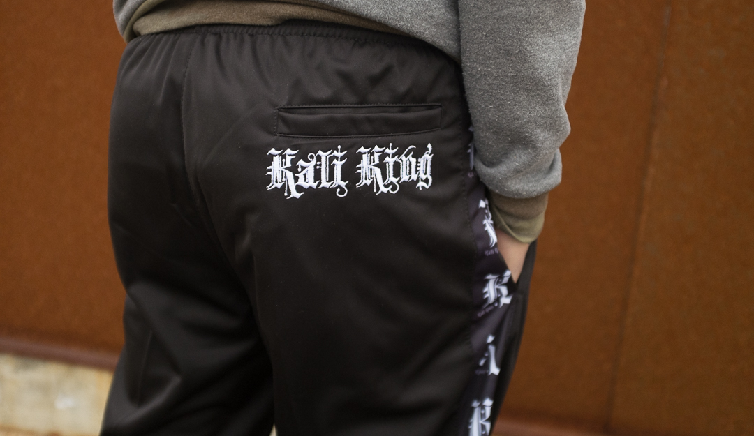 kali-king-band-joggers-03.jpg