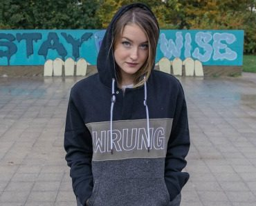 wrung-rusher-black-sweater-06.jpg