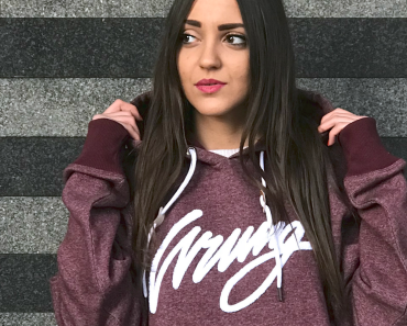 wrung-heather-sign-burgundy-sweater-06.jpg