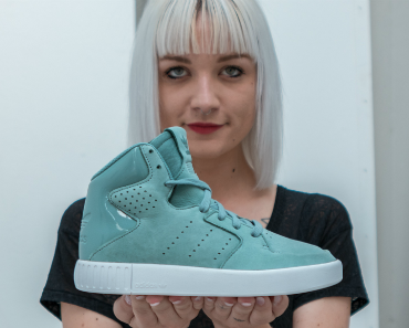 adidas-originals-x-foot-locker-tubular-invader-women's-08.jpg