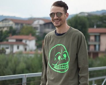 cheap-monday-rules-cracked skull-sweat-06.jpg