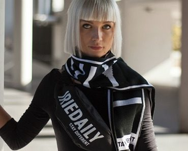 iriedaily-team-hip-pack-+-iriedaily-fan-scarf-08.jpg