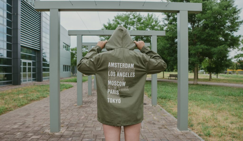 obey-intl.-cities-deconstruction-anorak-03.jpg