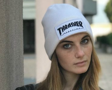 thrasher-logo-patch-beanie-05.jpg