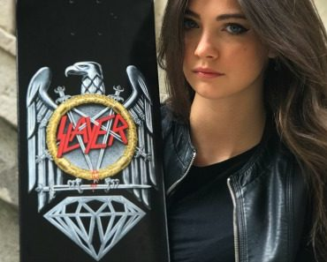 diamond-supply-co.-x-slayer-brilliant-abyss-skateboard-deck-06.jpg