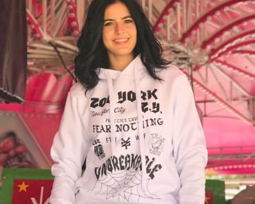 zoo-york-fear-nothing-hoodie-06.jpg